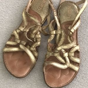 Born soft leather gold sandals, Size 38/7